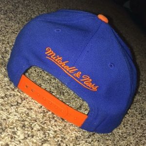 242f8281800ed Mitchell   Ness Accessories - Knicks M N SnapBack Hat